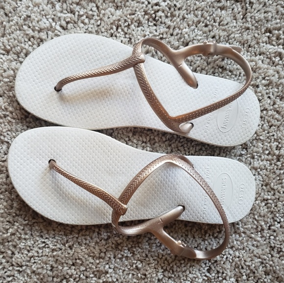 Havaianas Shoes - Havaianas Freedom Sandals Rose gold size 6